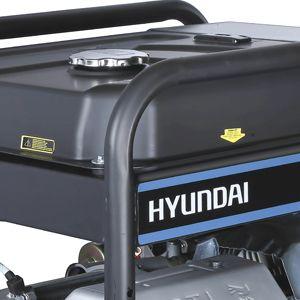 Бензиновый генератор Hyundai HHY 10000FE ATS  - ЭКОНОМИЧНОСТЬ МОДЕЛИ Силовая установка н...