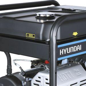 Бензиновый генератор Hyundai HHY 10000FE-3 ATS  - БОЛЬШОЙ БЕНЗОБАК Стальной бак вмещает 25...