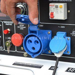 Дизельный генератор Hyundai DHY 8000SE  - СИЛОВАЯ РОЗЕТКА НА 32А Мощная электричес...
