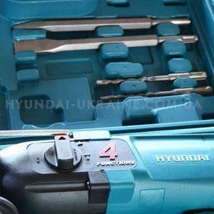 Перфоратор Hyundai H 850  - ОСНАСТКА В КОМПЛЕКТЕ Несколько сменных и...