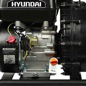 Мотопомпа для агрессивных жидкостей Hyundai HYA 83  - ДАТЧИК УРОВНЯ МАСЛА Достаточность уровня...